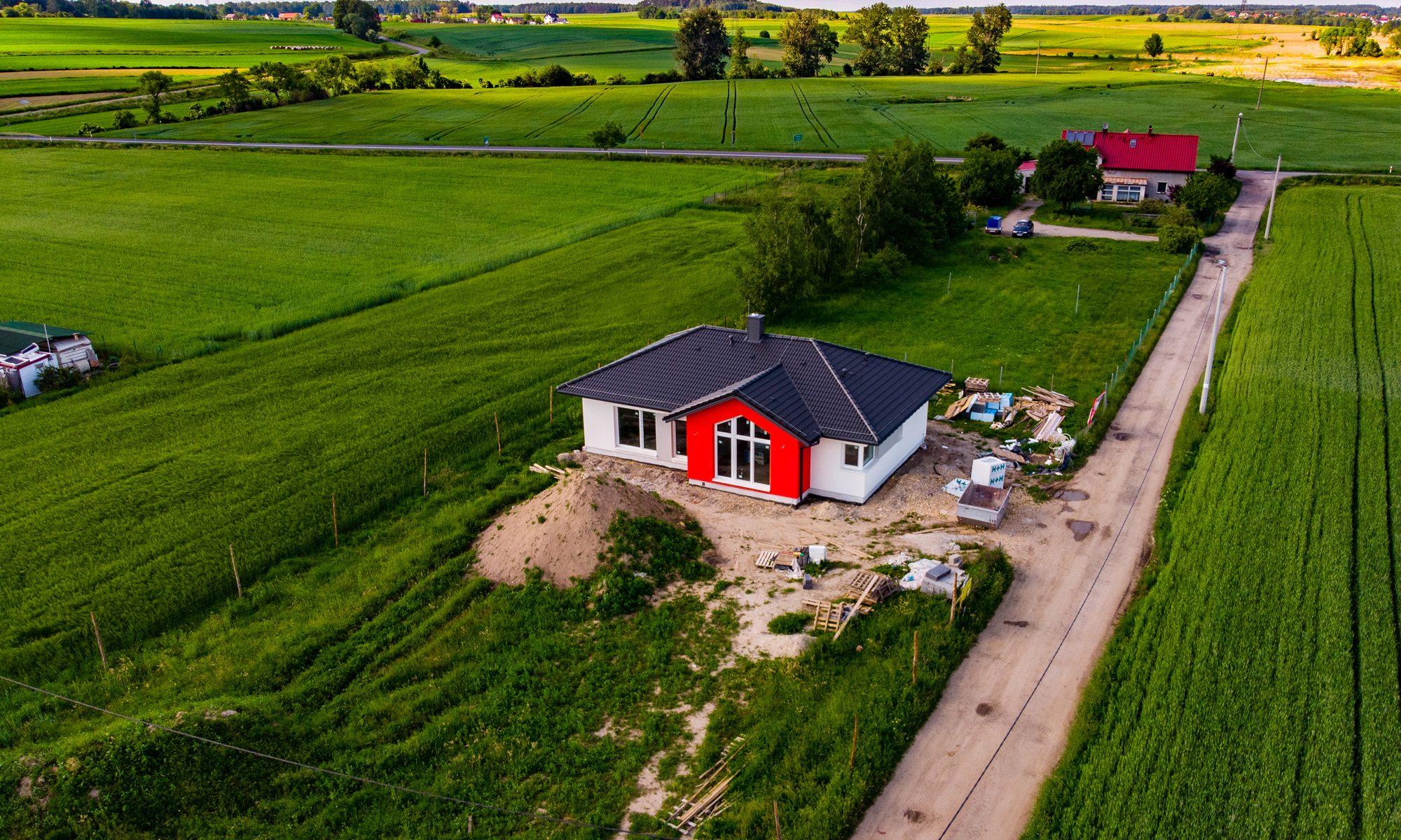 Budowa domu Vitra 116 DQM w miejscowości Niewiesze